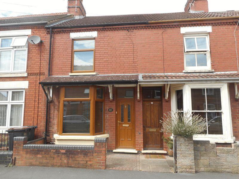 2 Bedrooms Terraced House for sale in Park Avenue, Attleborough, Nuneaton