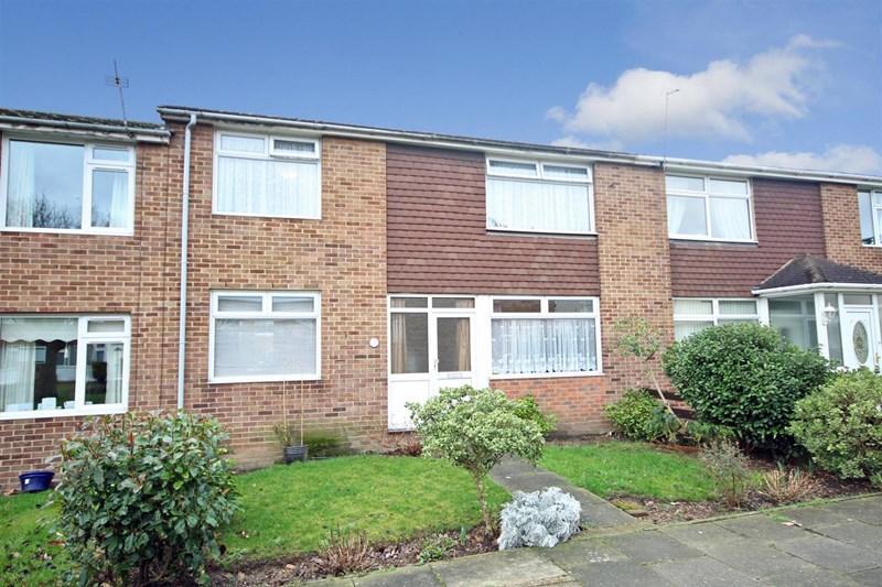 3 Bedrooms Terraced House for sale in Hanbury Walk, Bexley, DA5 2JQ