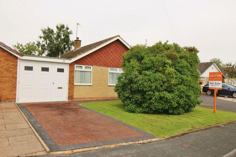 2 Bedrooms Bungalow for sale in Perth Road, Summer Hayes, Willenhall