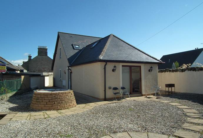 3 Bedrooms Detached House for sale in Sairawell Cottage Blinkbonnie Lane, Duns, TD11 3AX