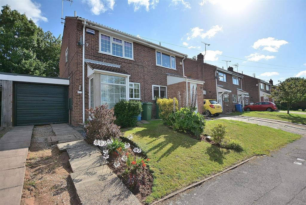 2 Bedrooms Semi Detached House for sale in Maunleigh, Forest Town