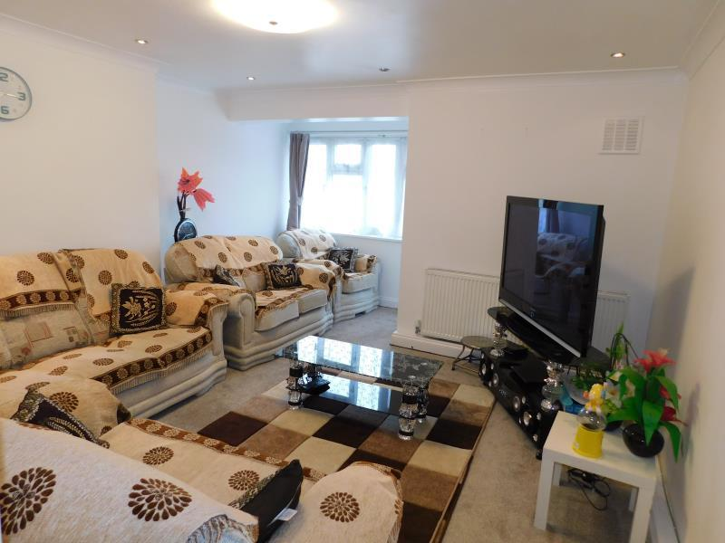 3 Bedrooms Flat for sale in Canterbury Terrace, London, Camden