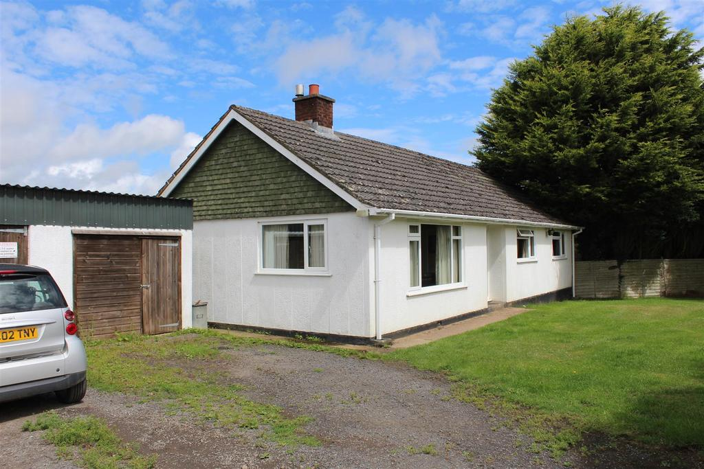 3 Bedrooms Detached Bungalow for sale in Rural Winkleigh