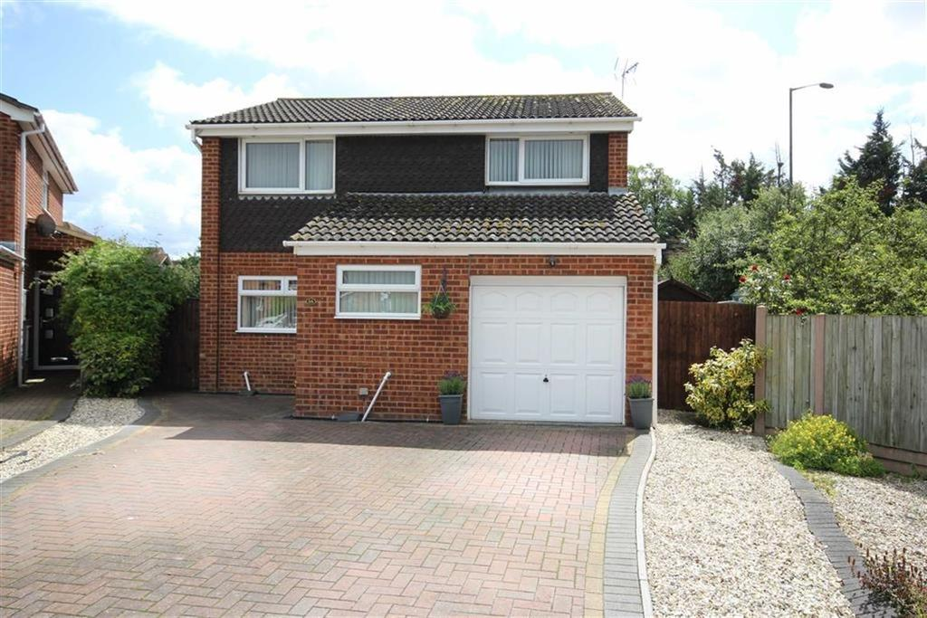 4 Bedrooms Detached House for sale in Milne Pastures, Newtown, Tewkesbury, Gloucestershire
