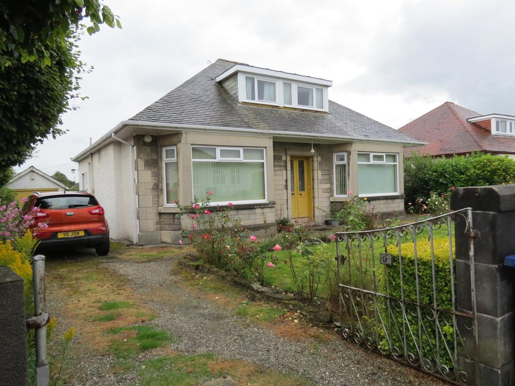 4 Bedrooms Detached Bungalow for sale in Newtyle Road, Paisley PA1
