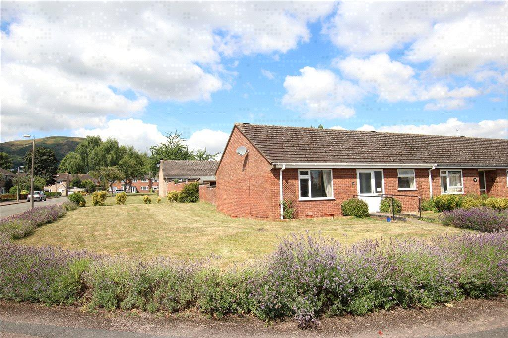 2 Bedrooms Bungalow for sale in Orford Way, Malvern, Worcestershire, WR14
