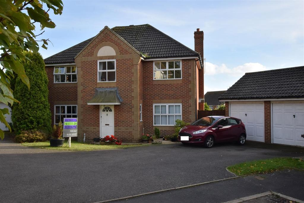 5 Bedrooms Detached House for sale in Whittlewood Close, St. Leonards-On-Sea