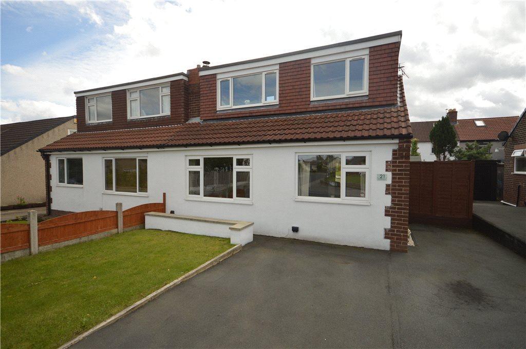 3 Bedrooms Semi Detached Bungalow for sale in Westfield Mount, Yeadon, Leeds