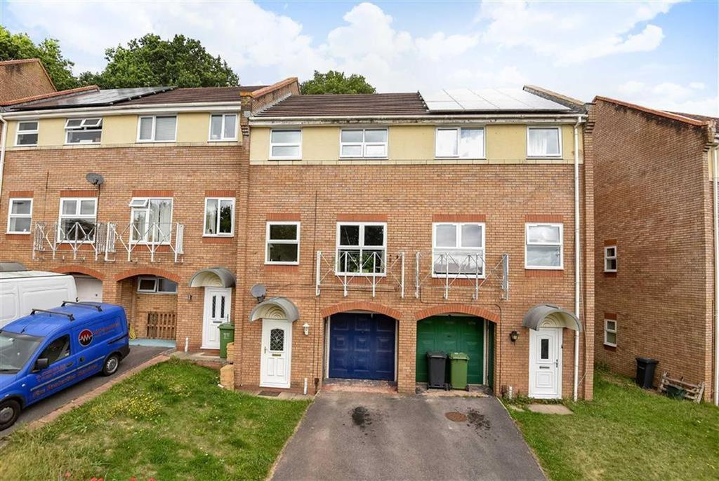 3 Bedrooms Semi Detached House for sale in Garland Close, Exeter, Devon, EX4