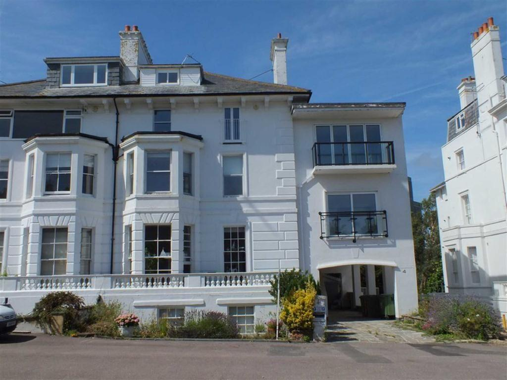 3 Bedrooms Flat for sale in Albion Villas, Folkestone, Kent, CT20