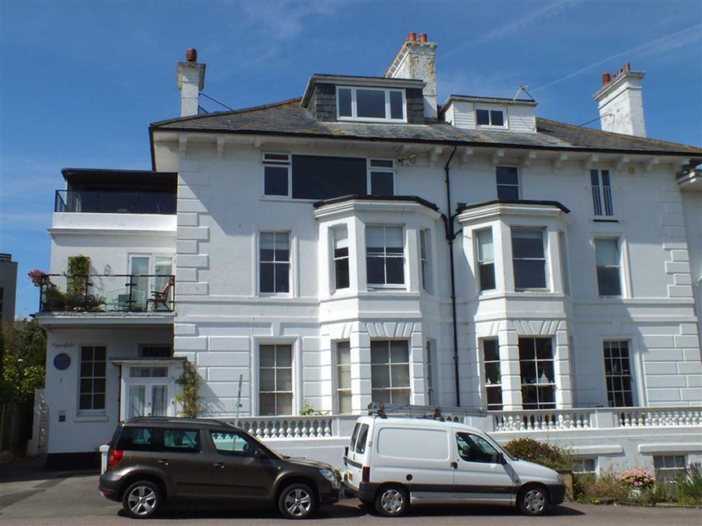 2 Bedrooms Flat for sale in Albion Villas, Folkestone, Kent, CT20