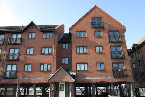 3 bedroom duplex to rent - South Ferry Quay, Liverpool L3
