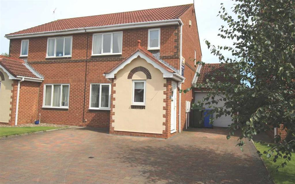 3 Bedrooms Semi Detached House for sale in Fonteyn Place, Cramlington
