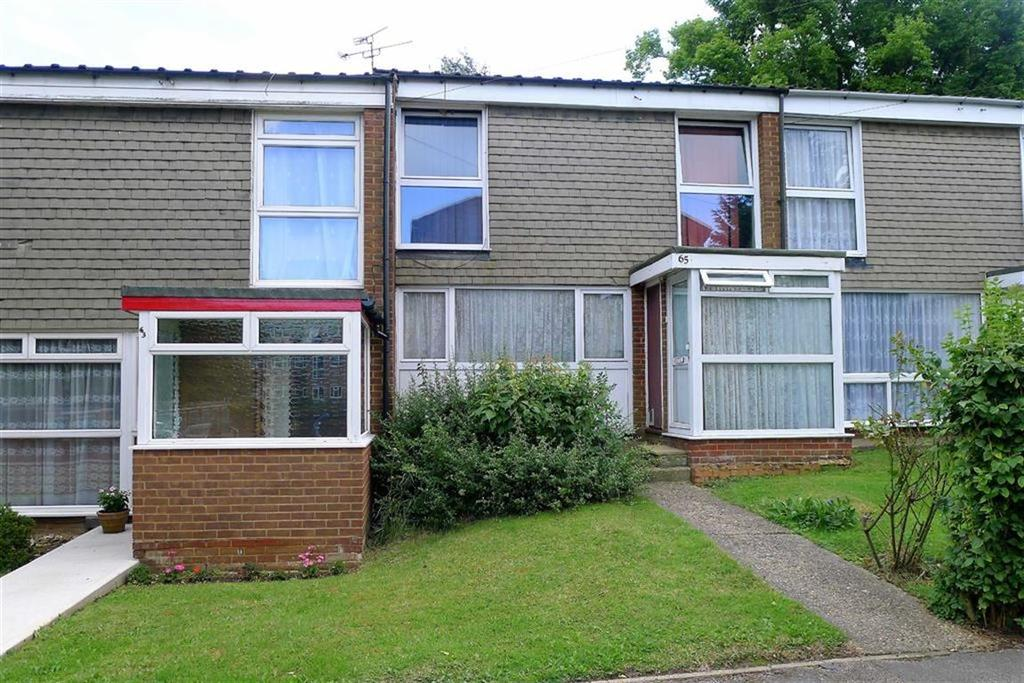 3 Bedrooms Terraced House for sale in Old Castle Walk, Rainham, Kent, ME8