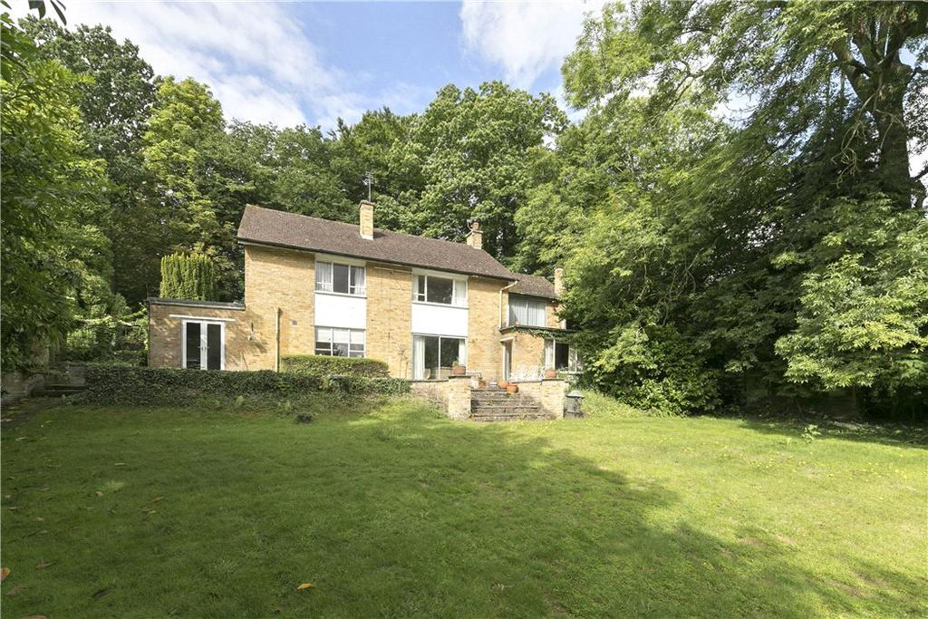 4 Bedrooms Detached House for sale in The Drive, Cobham, Surrey, KT11