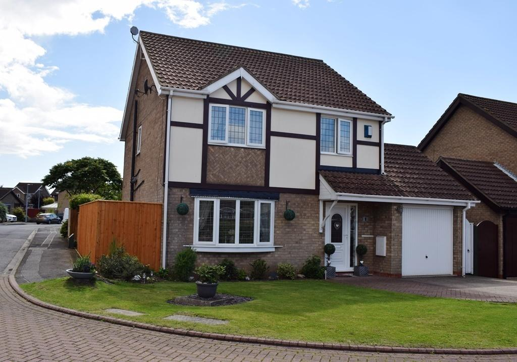 4 Bedrooms Detached House for sale in Frances Court, Waltham