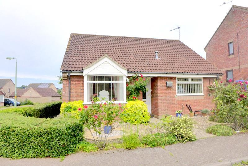 3 Bedrooms Detached Bungalow for sale in All Saints Drive, Beccles