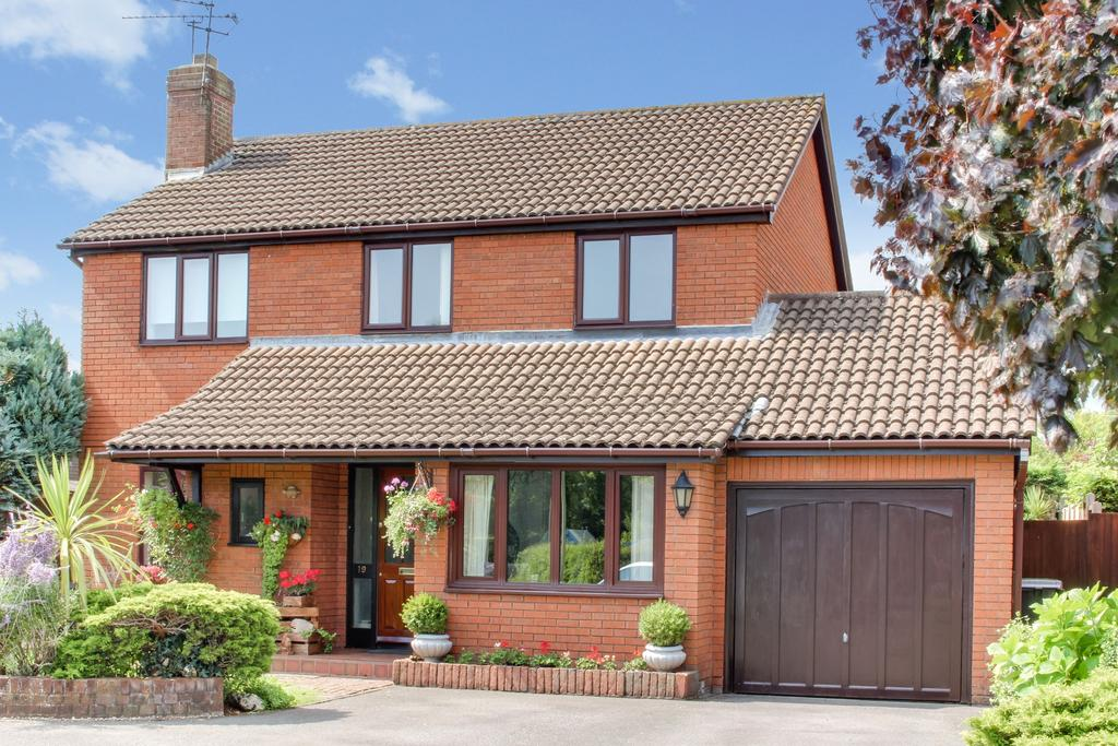 4 Bedrooms Detached House for sale in GREAT MEAD, DENMEAD