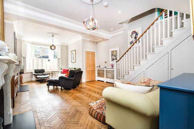 4 Bedrooms Terraced House for sale in Victor Road, London, NW10