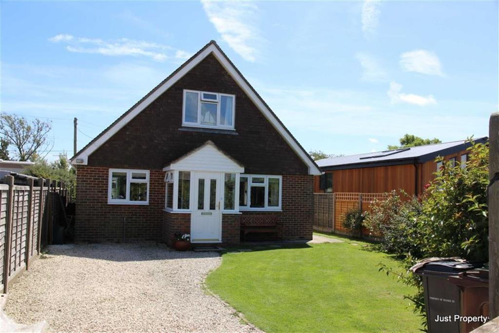 3 Bedrooms Detached Bungalow for sale in Donald Way, Winchelsea Beach