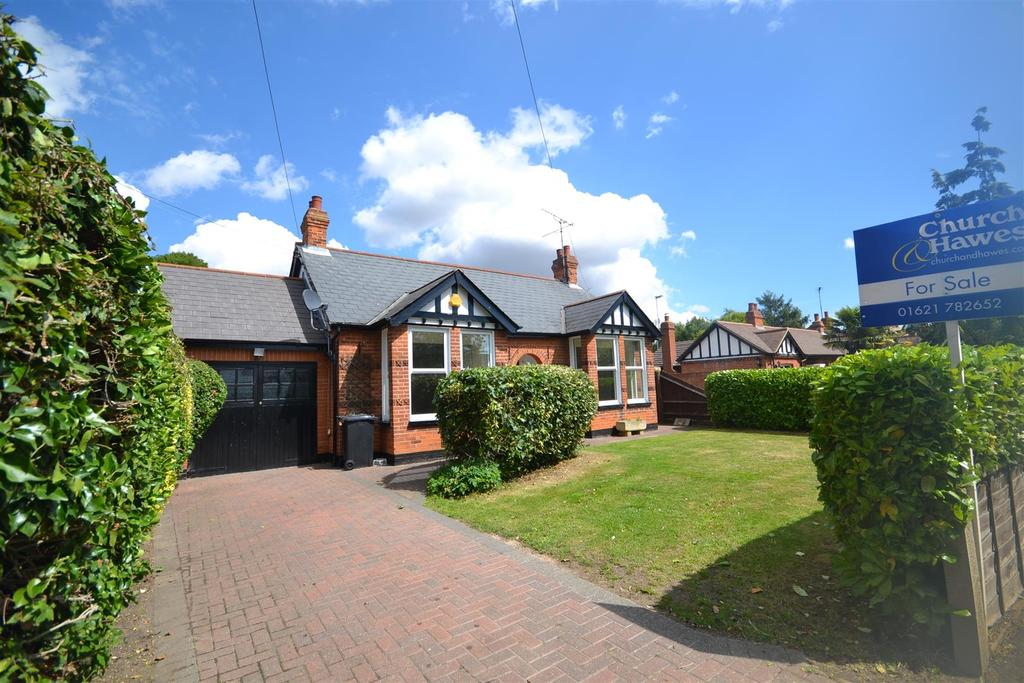 4 Bedrooms Detached House for sale in 16 Mill Road, Burnham-on-Crouch
