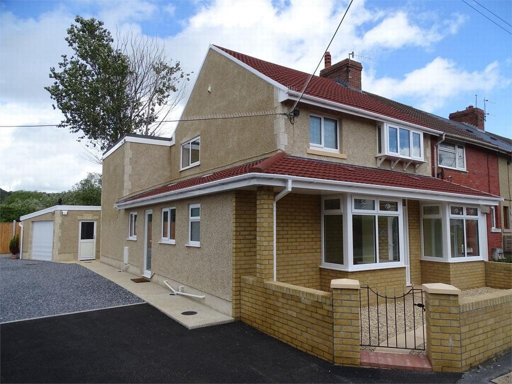 3 Bedrooms End Of Terrace House for sale in 14 Cliffe Terrace, Burry Port, Carmarthenshire