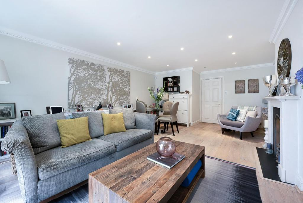 5 Bedrooms Mews House for sale in ALIWAL ROAD, SW11