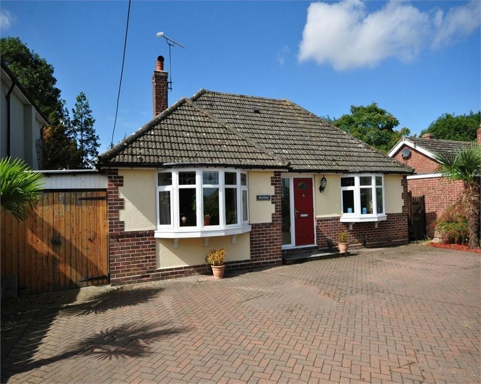 3 Bedrooms Detached Bungalow for sale in Pork Lane, Great Holland, FRINTON-ON-SEA, Essex