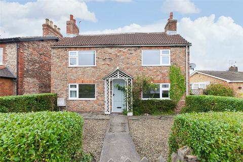 3 bedroom detached house for sale - Strensall Road, Huntington, York
