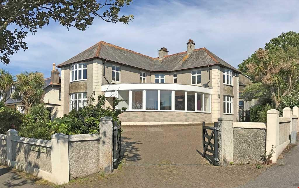 5 Bedrooms Detached House for sale in Eliot Gardens, Newquay, Cornwall, TR7