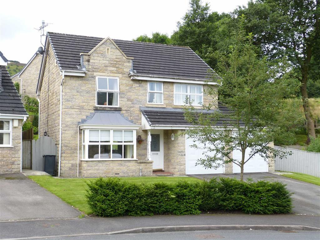 4 Bedrooms Detached House for sale in Woodlea Road, Glossop, Glossop