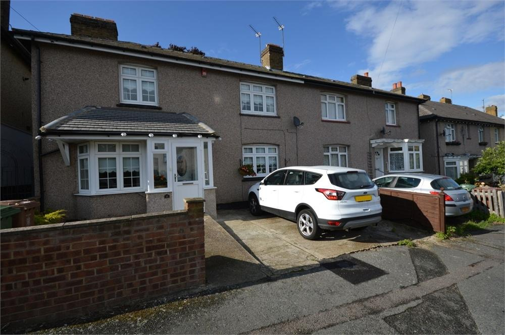 3 Bedrooms Semi Detached House for sale in Roberts Road, Upper Belvedere