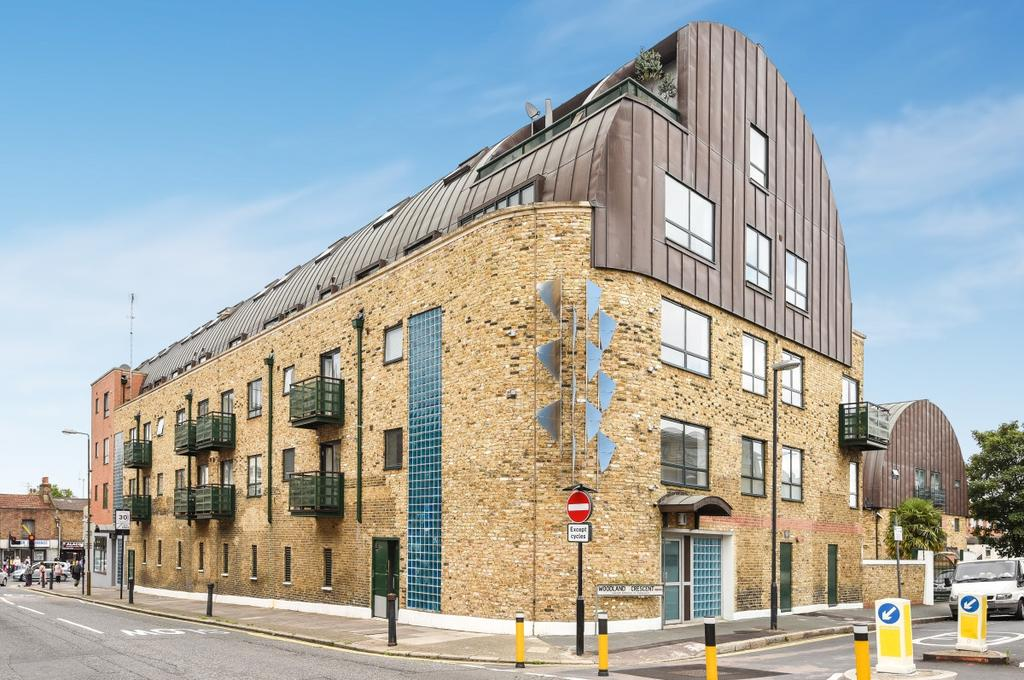 2 Bedrooms Flat for sale in Woodland Crescent London SE10