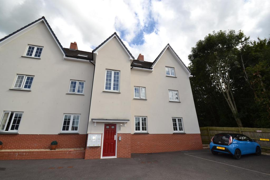 2 Bedrooms Flat for sale in Rumsam Meadows, Barnstaple
