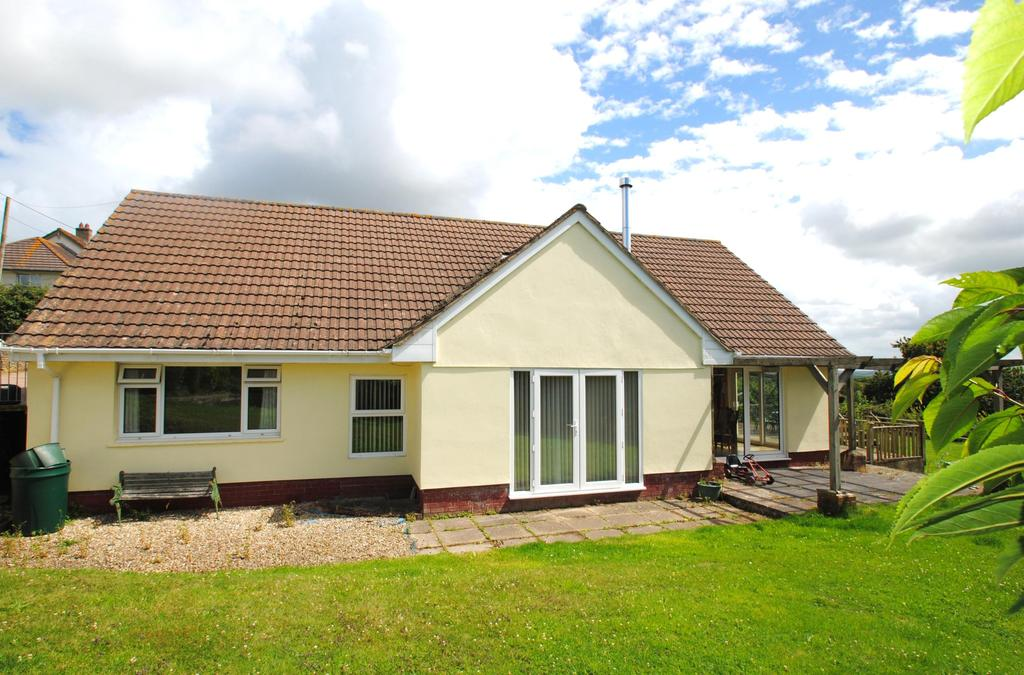 5 Bedrooms Detached House for sale in Roundswell, Barnstaple