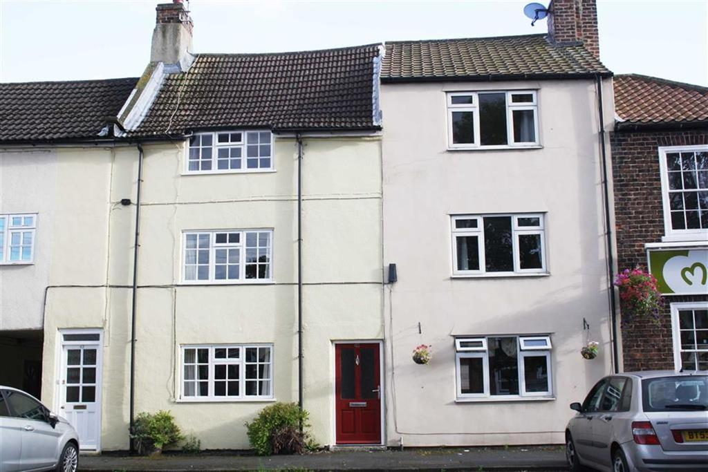 3 Bedrooms Terraced House for sale in Levenside, Stokesley