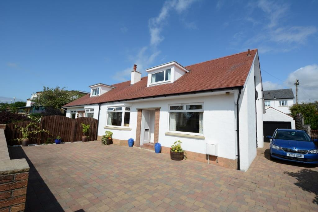 3 Bedrooms Semi Detached Bungalow for sale in 4 Mansefield Crescent, Largs, KA30 8QJ