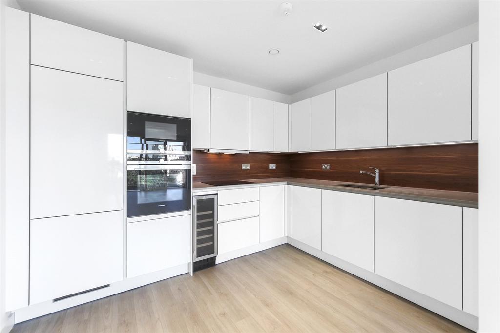 2 Bedrooms Flat for sale in Skyline Apartments, Devan Grove, London, N4