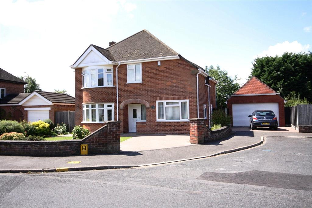 4 Bedrooms Detached House for sale in Swallowbeck Avenue, Lincoln, LN6