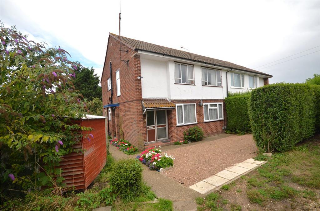 2 Bedrooms Maisonette Flat for sale in Rydal Avenue, Tilehurst, Reading, Berkshire, RG30