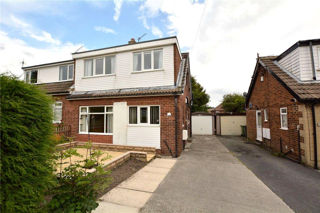 3 Bedrooms Semi Detached House for sale in Daleside Grove, Pudsey, West Yorkshire