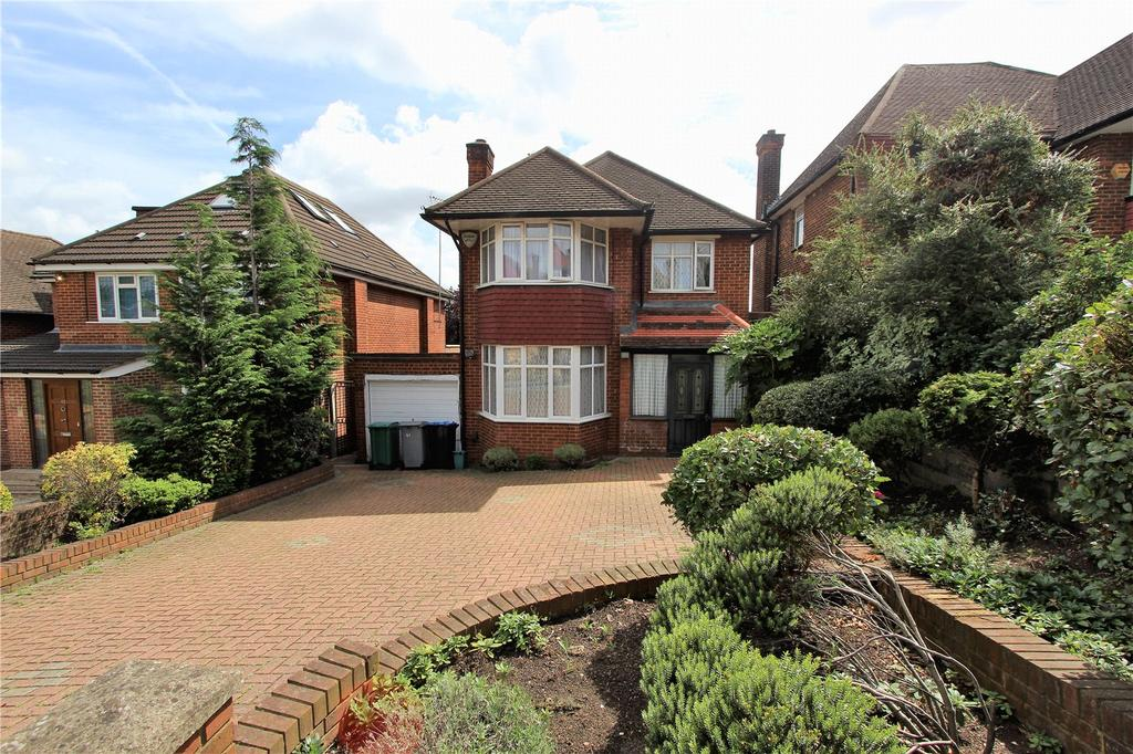 4 Bedrooms Detached House for sale in The Paddocks, Wembley, HA9