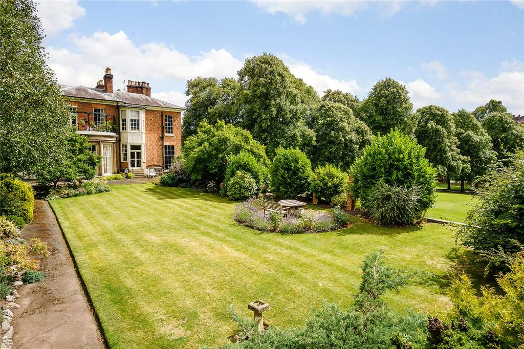 1 Bedroom Flat for sale in Quarry Place, Shrewsbury, Shropshire