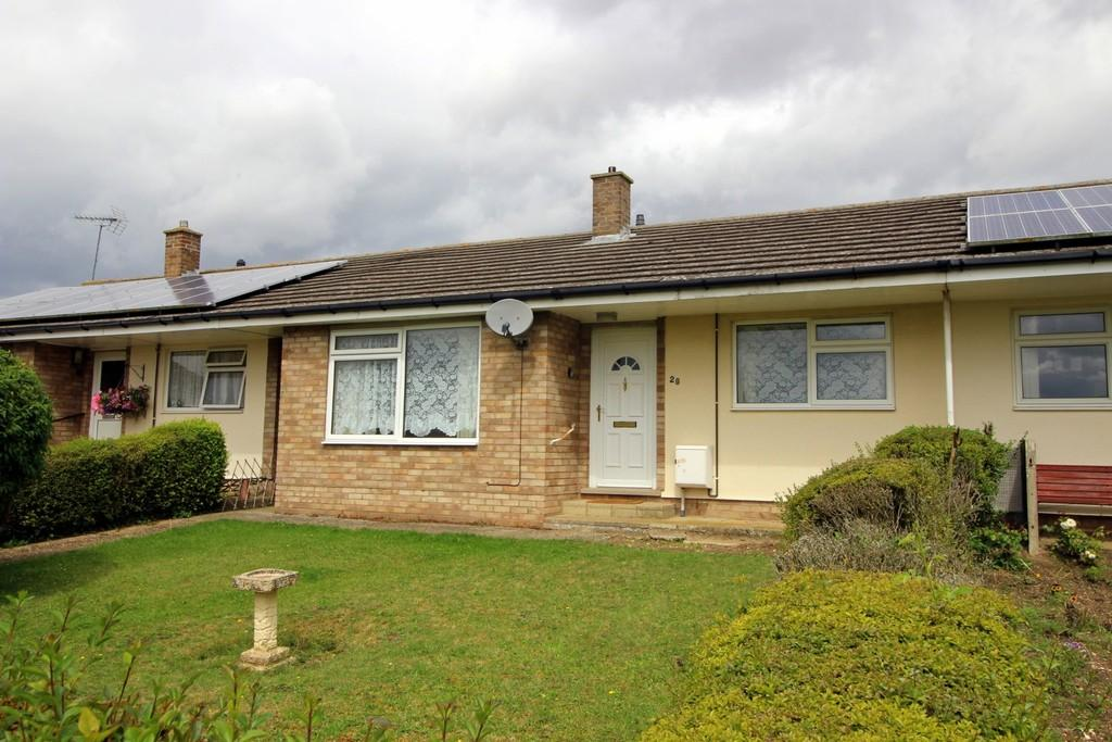 2 Bedrooms Terraced Bungalow for sale in Tower View, Linton