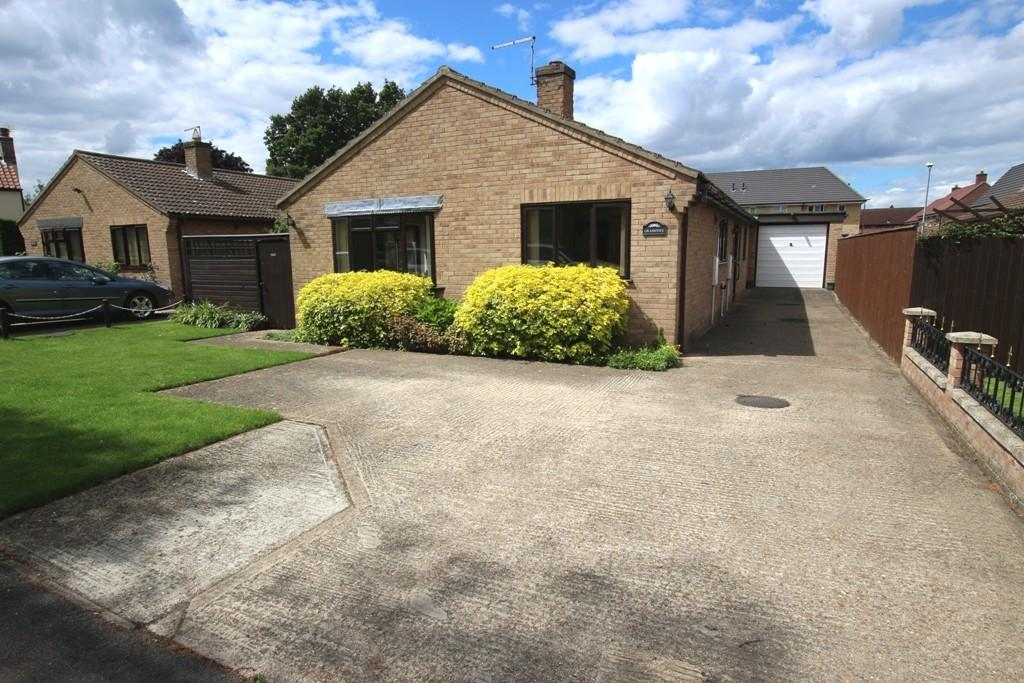 4 Bedrooms Detached Bungalow for sale in Berrycroft, Soham