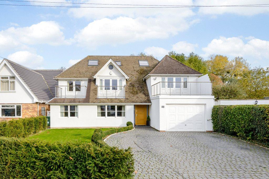 5 Bedrooms Detached House for sale in Montagu Road, Datchet, Slough, SL3