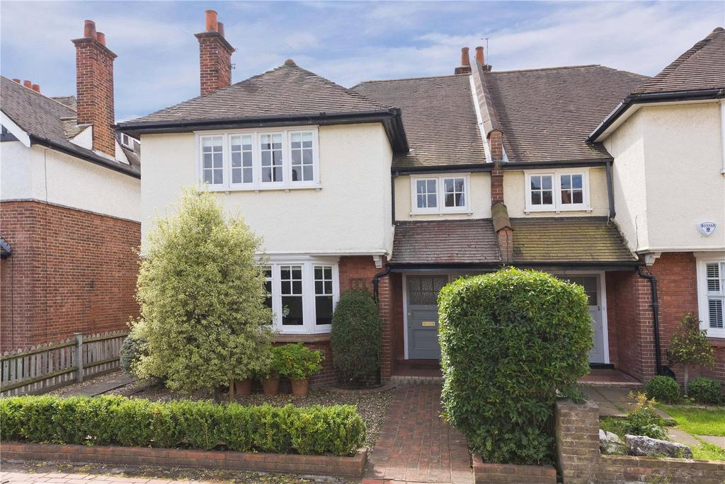 4 Bedrooms Semi Detached House for sale in Southville Road, Thames Ditton, Surrey, KT7