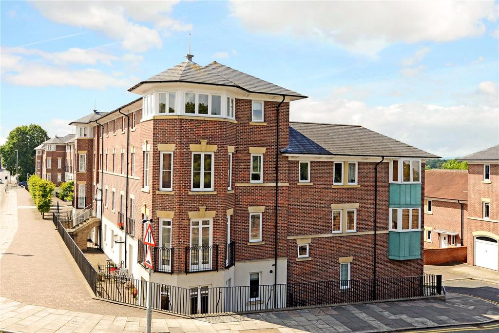 2 Bedrooms Flat for sale in Brennus Place, Chester, CH1