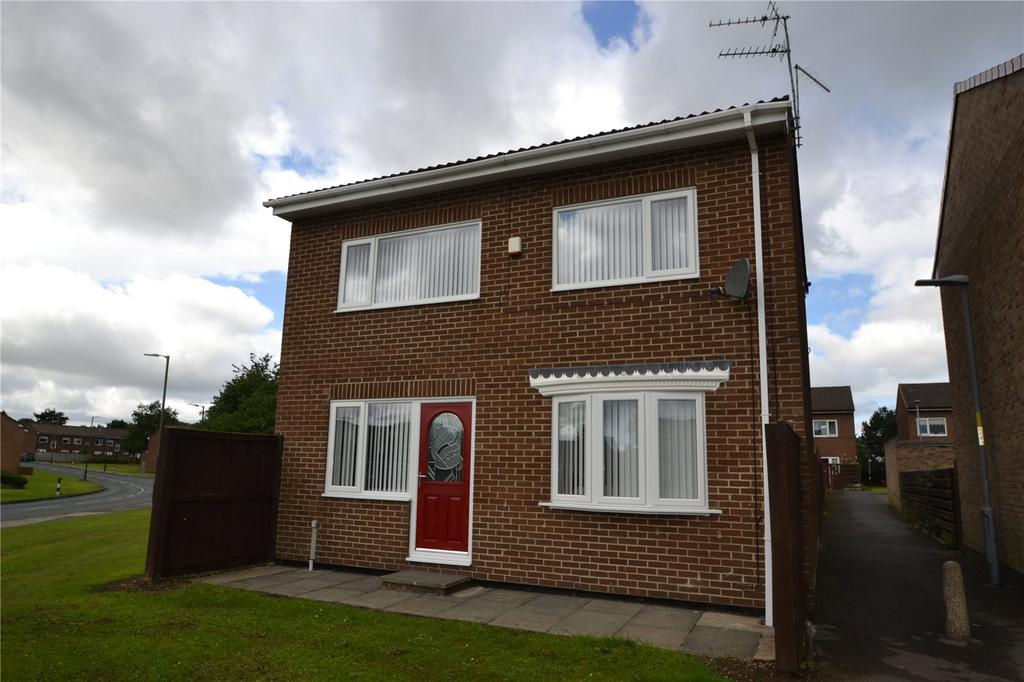 4 Bedrooms Detached House for sale in Quantock Place, Peterlee, Co.Durham, SR8