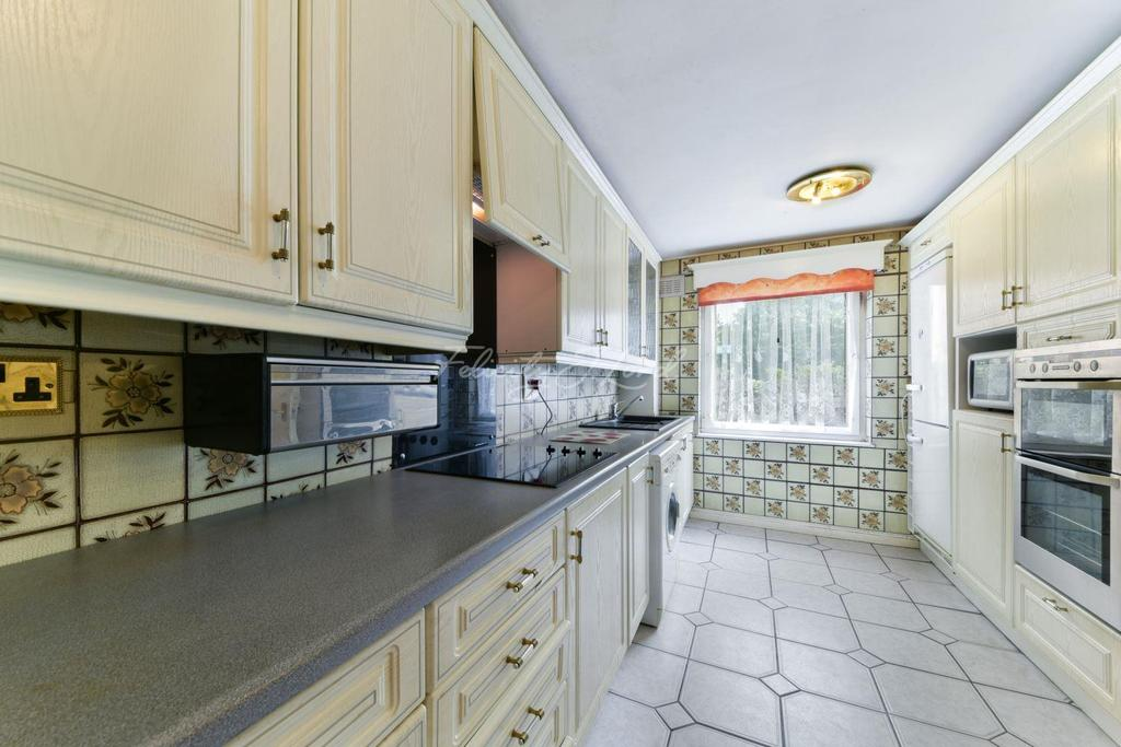 2 Bedrooms Flat for sale in Cowdenbeath Path, Islington, N1